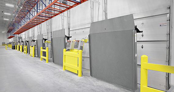 Rhv 4100 Vertical Storing Hydraulic Dock Leveler Rite Hite